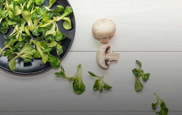 Salade de mâche avec champignons