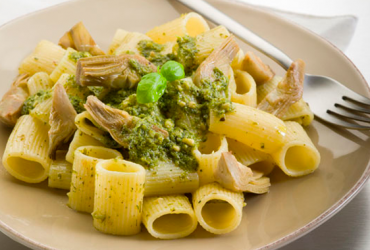 Rigatoni with artichokes pesto